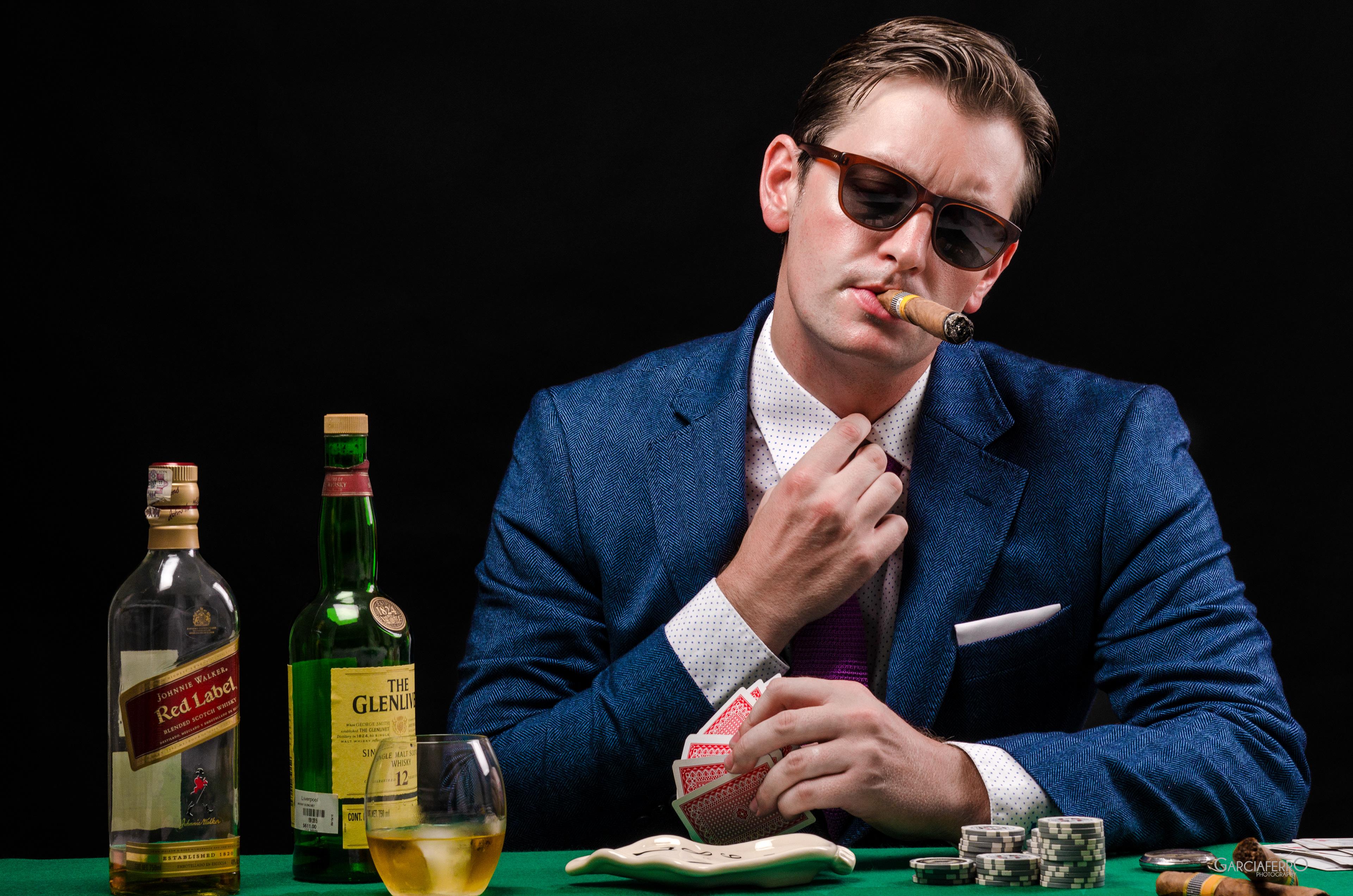 Tetap tenang, atau berikan penampilan tenang | Poker Online