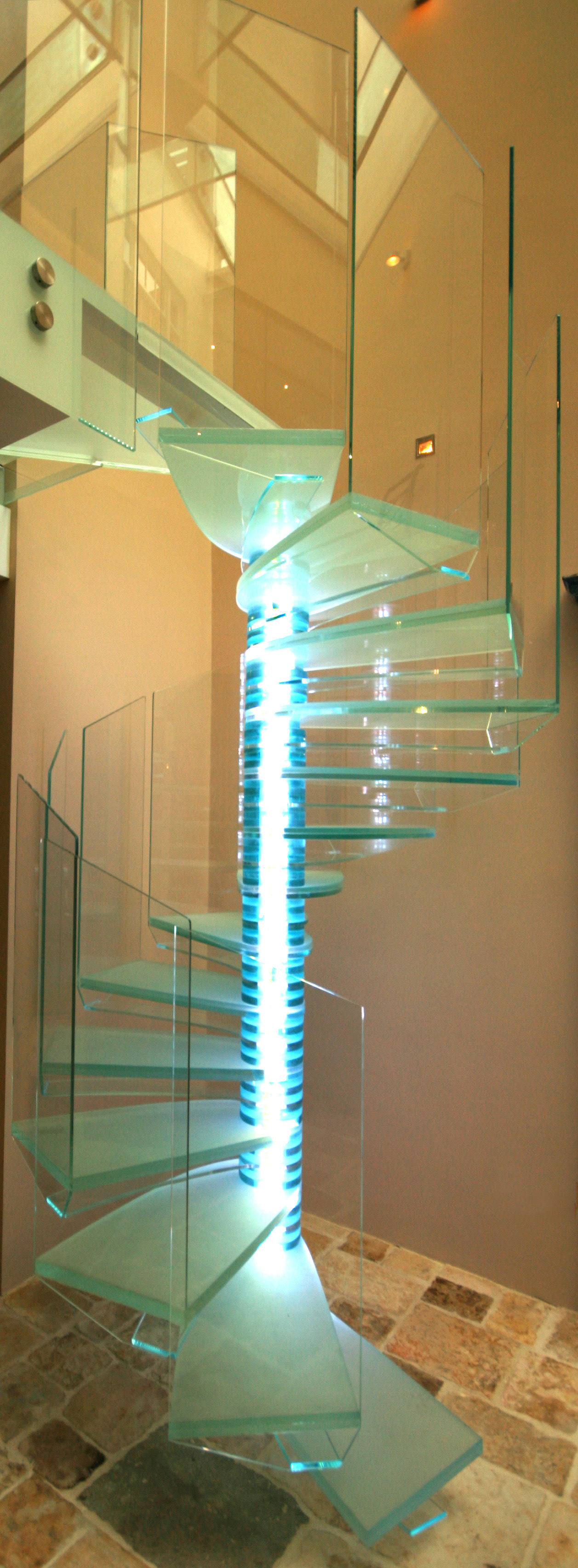 Barton Engineers Glass Stair Hyde Park Square